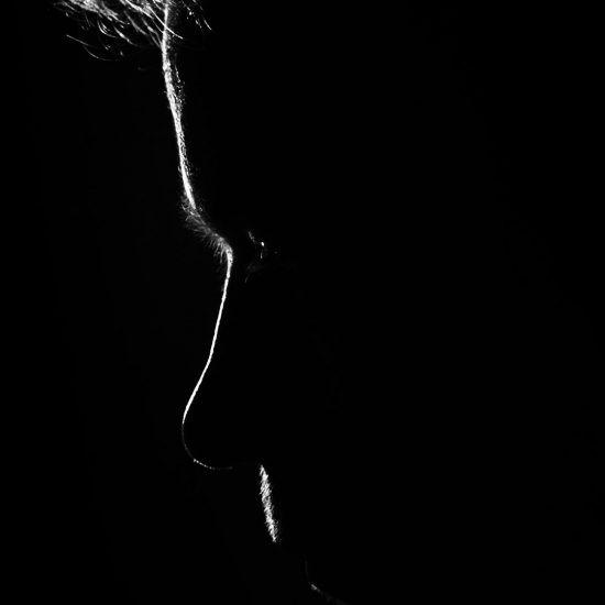 profilo di un uomo