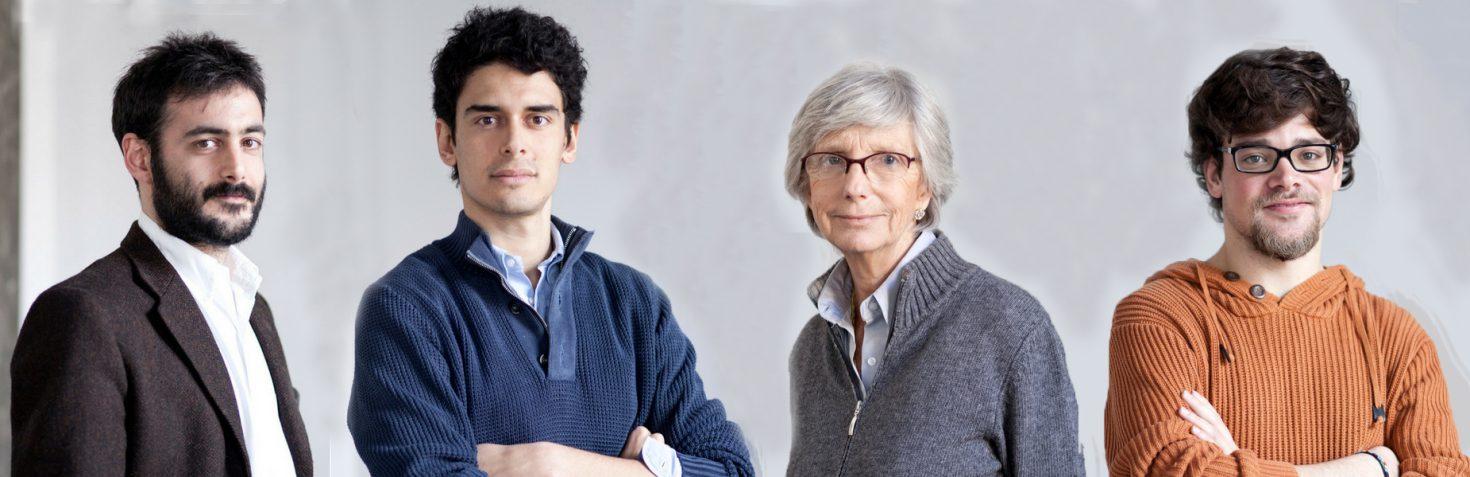 Una parte dello staff. Da sinistra: Lorenzo Di Natale (responsabile area di ricerca), Simone Barbato (direttore tecnico), Prof.ssa Daniela Arnaldi (direttore scientifico), Valerio De Luca (responsabile reparto grafica e comunicazione).