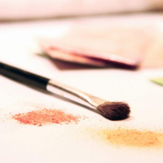 pennello e colori